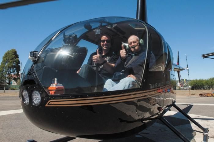 Johan Hoogduyn (pilot) with Reg Evison
