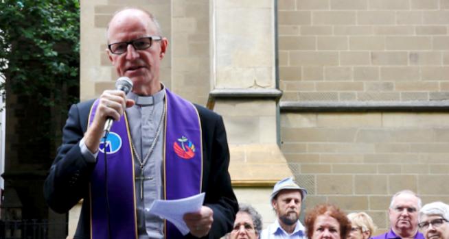 Rev Alistair Macrae speaking at the launch.