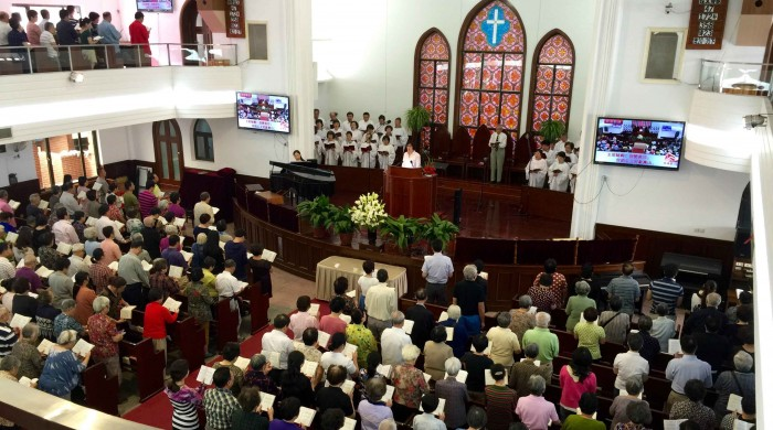 worship service in Chinese church