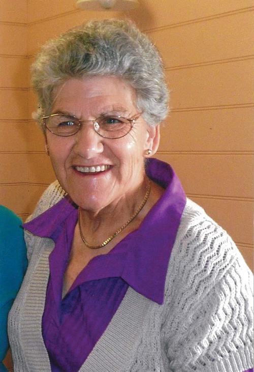 Elva Lovett.